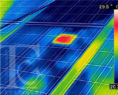 太陽光パネルの画像